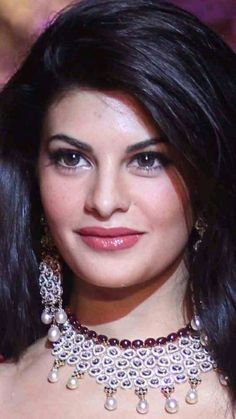 Beautiful Girl Indian, Beautiful Indian Actress, Beautiful Actresses, Most Beautiful, Actress Anushka, Girls Dp Stylish, Jacqueline Fernandez, Beautiful Bollywood Actress, Aishwarya Rai