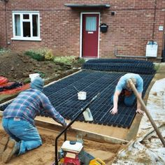 Driveway Porous Plastic Paving Grids for Grass and Gravel plus + weed fabric: Amazon.co.uk: DIY & Tools