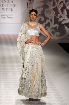 Lengha by Varun Bahl at ICW 2014