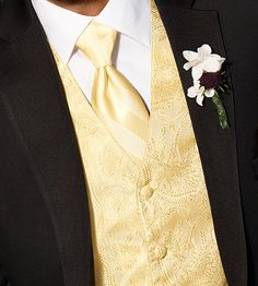 Match the ties & vests of your guys to the girls in the wedding for a streamlined look! #tuxedos #weddings #menswearhouse
