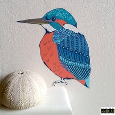 This delightful kingfisher wall sticker is perfect for adding a splash of colour and fun to your home. Mr Kingfisher is especially great at perching on dull plug sockets and thermostats to transform them!