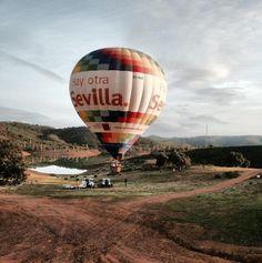 ¿Un paseo en globo? / A balloon ride?, by @josalfonso