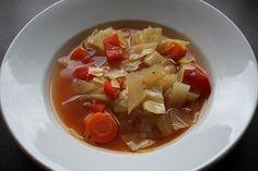 Kohlsuppe, ein raffiniertes Rezept aus der Kategorie Eintopf. Bewertungen: 130. Durchschnitt: Ø 4,2.