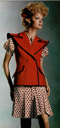 1971 - Yves Saint Laurent
