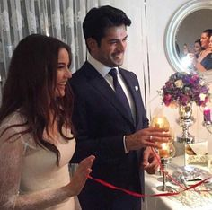 Burak Özçivit and Fahriye Evcen are engaged in Germany . First photos from the engagement - - Cozy Aesthetic, Couple Aesthetic, Wedding Dress Trends, Indian Wedding Outfits, Celebrity Couples, Celebrity Pictures, Handsome Celebrities, Engagement Decorations, Romantic Photos