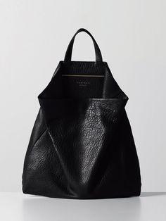 OMG gotta have this TSATSAS BAGS My #style #bags #FOJ