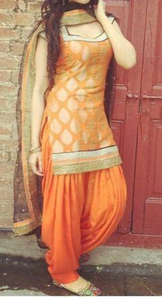Need to know about the best Elegant Salwar suit plus Latest Elegant Designer ladies Punjabi Suit in which case CLICK Visit link above for more options Punjabi Salwar Suits, Punjabi Dress, Pakistani Dresses, Indian Dresses, Indian Outfits, Indian Salwar Kameez, Churidar, Salwar Designs, Patiala Suit Designs