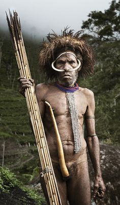 Dani tribe, Baliem Valley, Papua - Indonesia photo by Diego Verges