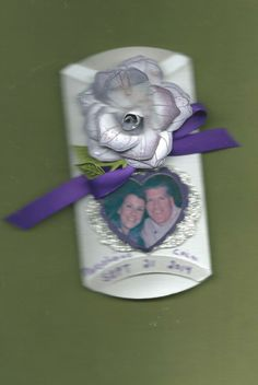 WEDDING FAVOR PILLOW STYLE BOX  I OPEN END TO SHOW DATE