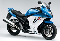 Suzuki GSX650F 2014 Voir la fiche technique  http://www.motoprogress.com/fiche-moto.php?id_moto=1611