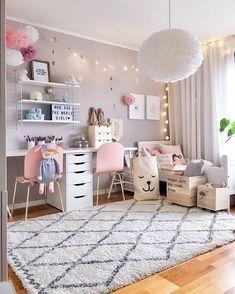 toddler room ideas Wand Dekor, Bedroom Girls, Trendy Bedroom, Little Girl Bedrooms, Teenage Girl Bedroom Designs, Teenage Girl Rooms, Pink Bedrooms, Small Room Bedroom, Dream Bedroom