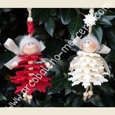 Catalogo prodotti Novità - Arcobaleno Merceria Mini Christmas Ornaments, Christmas Fairy, Etsy Christmas, Christmas Bells, Felt Christmas, Christmas Angels, Angel Crafts, Xmas Crafts, Christmas Recipes For Kids