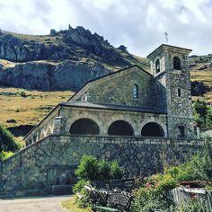 Iglesia de Villanueva de La Tercia #León