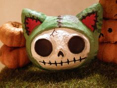 Zombie kitten head magnet by aivlys85 on Etsy, $5.00
