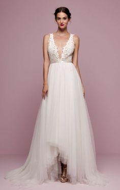 Wedding dress idea; Featured: Daalarna