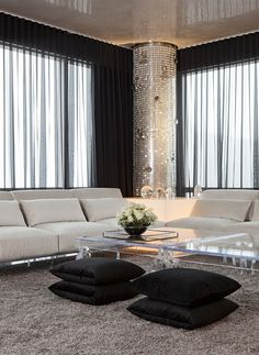 Savvy and Inspiring country style curtains living room that will impress you Fresh Living Room, Living Room Grey, Living Room Decor, Black Sheer Curtains, Black Curtains Bedroom, Shear Curtains, Country Style Curtains, Masculine Living Rooms, Living Room Windows