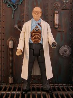 Bracewell - Doctor Who Series 5 Toy by The Doctor Who Site, via Flickr