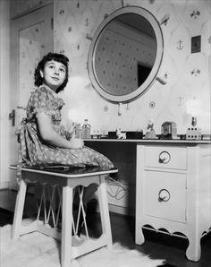 Jane Withers, Vintage Children, Mirrors, Vanity, Movie, Stars, Furniture, Home Decor, Vintage Kids