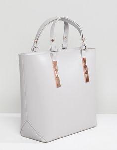 4b214d46971c 53 Best Handbags   Purses images
