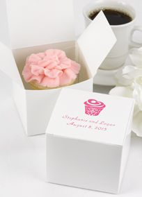 Wrap Up Cupcakes Pieces Of Cake Or Large Treats For Guests To Take Home In Generously Sized White Bo These Favor May Be Personalized With