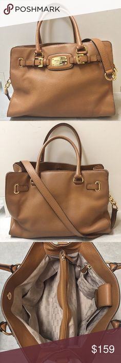 "Michael Kors Hamilton East West Satchel Michael Kors Hamilton East West Satchel  EUC!!! Only used a few times! Perfect size for work or school. Fits 11"" laptop easily.  👍Reasonable offers welcome!😄 💐20% off bundles!💐 🚫No returns or trades please!😝 🚭Smoke- & pet-free home🐶 Michael Kors Bags Satchels"