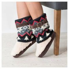 • Acrylic upper for cool legwarmer trend<br>• Indoor/outdoor outsole makes this a wearable trend<br>• Cushioned insole for soft steps<br>• Buckled shaft belt<br><br>Two looks in one, the Women's MUK LUKS® Sofia Fair Isle Slipper Boots are a must. These sweater boots take a retro look and update it for modern style and warmth.