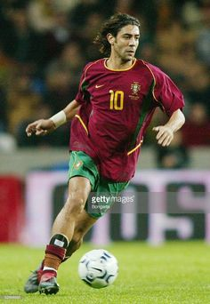 Portugal - Griechenland RUI Get premium, high resolution news photos at Getty Images Football Is Life, World Football, Football Soccer, Good Soccer Players, Football Players, All Star, Football Reference, Rui Costa, Portugal Soccer
