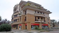 Agência do Banco Popular em Sacavém, Loures.
