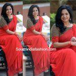 singer sunitha plain red saree black blouse 150x150 photo