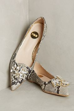 Jeweled Flats #anthrofave Inspo...i have a pair of snakeskin peeptoe flats that would love some jewelry.,,,diy shoe clips!