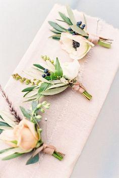 Spring wedding boutonnieres #WeddingIdeasForMen