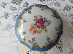 Collectable Dresden china trinket box Blue & gold floral lid Gold border pot