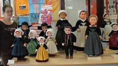 Tout le mois d'août, à l'office du tourisme du Kreiz-Breizh, Karen Tréguier, couturière à Landeleau, expose 12 poupées en costume breton de la région de Spézet, Carhaix et Rostrenen.