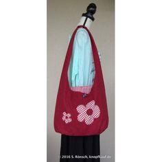 Eine Tasche mit Blumenmotiv