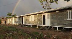 Casas con ladrillos de plástico reciclado en Colombia