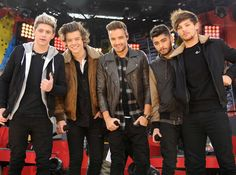 Which Member Of One Direction Should You Be BFFS With?  I got Harry!!