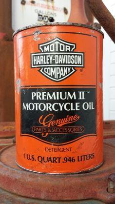full Harley Davidson oil can