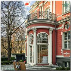 #pārcelšanās pakalpojumi Japānā.  FF International Movers kolektīvs ir priviliģēti ar iespēju esot Latvijā, vienlaicīgi būt arī ārzemēs.   Mēs #pārceļāmies katru dienu un zinam kā to izdarīt vislabāk.