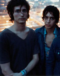 the strokes, music, julian casablancas, nick valensi