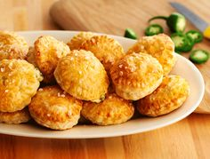 Everyone loves jalapeño poppers, but just wait until you try our version featuring puff pastry circles that enclose a filling of cream cheese,… Jalapeno Poppers, Stuffed Jalapeno Peppers, Appetizers For Party, Appetizer Recipes, Party Recipes, Party Snacks, Pepperidge Farm Puff Pastry, My Burger, Puff Pastry Recipes