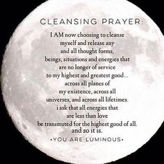 night prayer to cleanse and cut cords of negative energy Smudging Prayer, Sage Smudging, New Moon Rituals, Full Moon Ritual, 12 Grapes, Wiccan Spell Book, Affirmations Positives, Spiritual Cleansing, Magick Spells