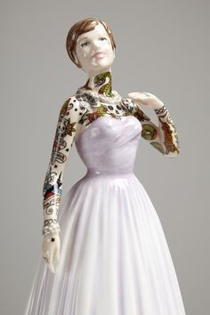China dolls get a bad girl makeover in the skilled hands of sculptor Jessica Harrison...  http://www.weheart.co.uk/2014/05/28/jessica-harrison-flash-at-galerie-l-j-paris/