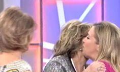 Por primera vez Maria Teresa y sus hijas, Terelu y Carmen, juntas en un plató / 29.04.12  http://www.telecinco.es/quetiempotanfeliz/Carmen-hermana-Terelu-QTTF_3_1604869580.html