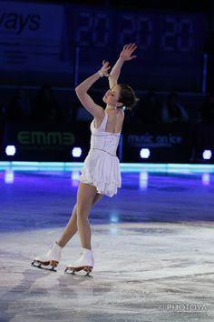 Laura Lepistö European Championships, World Championship, Figure Skating, Olympics, White Dress, Ballet Skirt, Dresses, Fashion, Vestidos