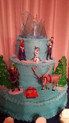 Frozen birthdays cake