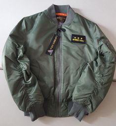 AVIREX U.S.A SAGE MILITARY GREEN NYLON FLIGHT BOMBER JACKET STYLE M-1945-87