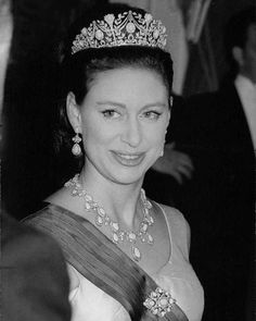 Classic Royal Pics - HRH The Princess Margaret was born on this day. Royal Princess, King Queen Prince Princess, Princesa Margaret, Lady Sarah Chatto, Margaret Rose, Royal Tiaras, Royal Jewels, Elisabeth Ii, Duchess Of York