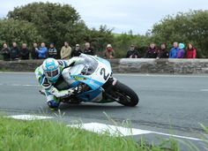 Dean Harrison wins RST Superbike Classic TT Race