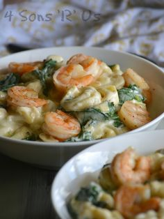 A dish of creamy warm comfort food, thisCreamed Spinach Tortellini with Seasoned Shrimp is the perfect thing for a hearty Winter meal. New year, a new you, right? I've seen my social media feeds inundated with every inspirational meme ever conceivable. Long lists of probably unrealistic resolutions? That seems to be the trend. Meanwhile I'm …