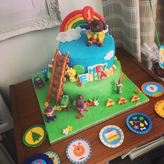 Hey Duggee Cake made for my sons Birthday Party ; Themed Birthday Cakes, Baby 1st Birthday, 3rd Birthday Parties, Birthday Diy, Family Birthdays, First Birthdays, Diy Party, Party Ideas, Diy Cake